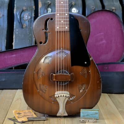 Clean 14 fret 1938 National Duolian in great shape, all original with recent neck reset & case for sale