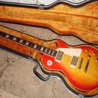 <p>Aria Pro II LS-900, Excellent 1980 in Cherry Burst color</p>  for sale