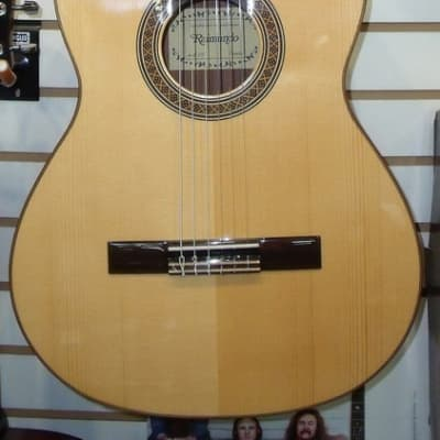 Raimundo Model 118 Classical Guitar for sale