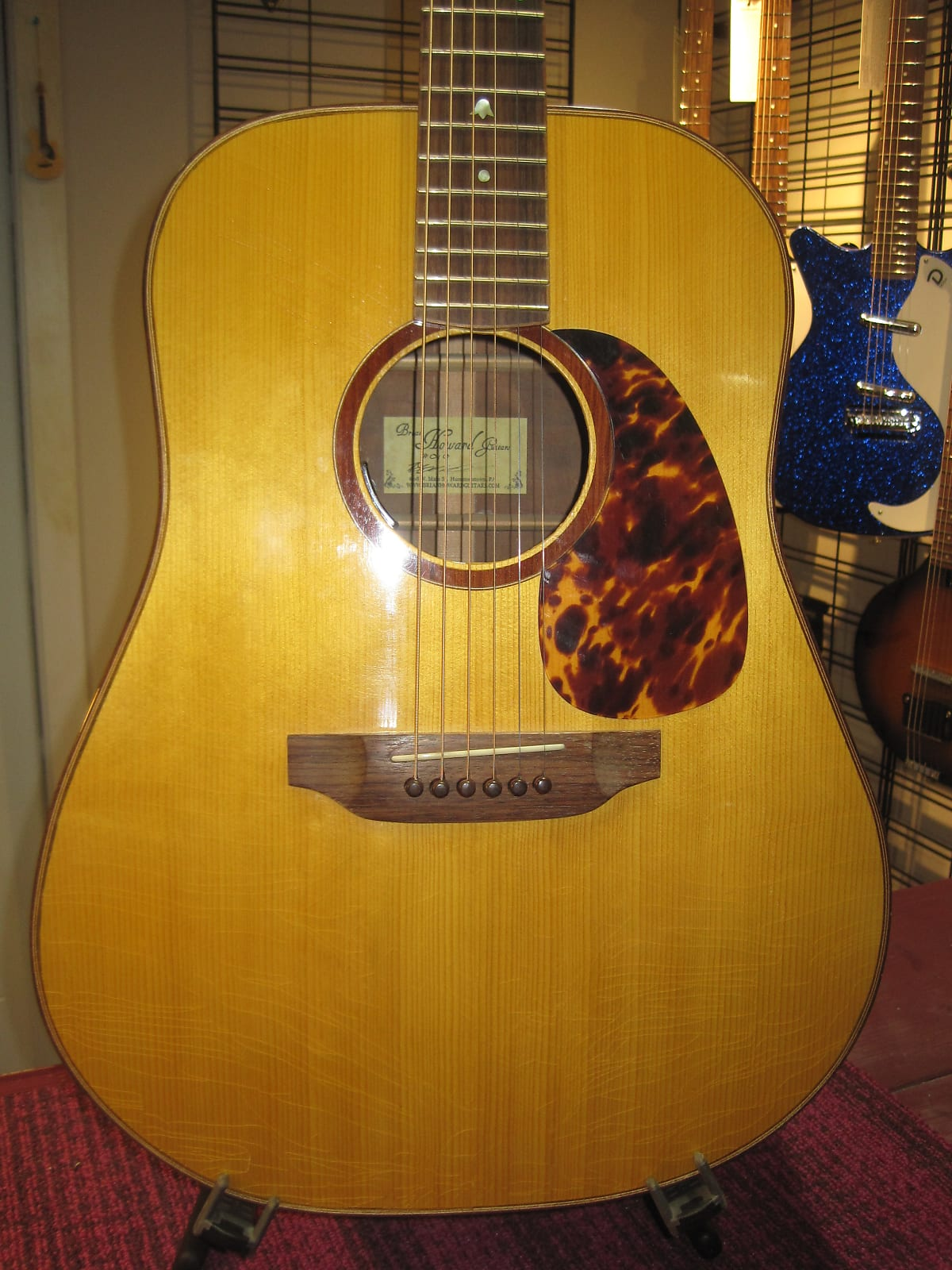 Brian Howard Dreadnought 2013 Vintage Amber