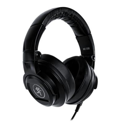 Mackie MC-250 Closed-Back Studio Reference Headphones