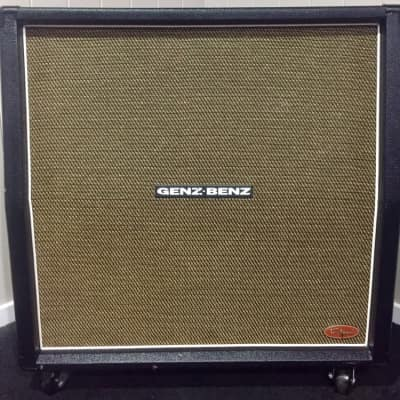 Genz Benz TS412 Slant 200-Watt 4x12
