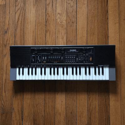 Casio MT-210 Casiotone 49-Key Synthesizer