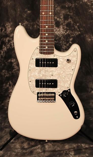 Fender Mustang 2016 : 2016 fender mustang 90 electric guitar olympic white reverb ~ Hamham.info Haus und Dekorationen