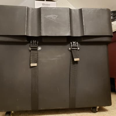 Gator GP-PC301W Trap Case, Black. Snare Drum & Hardware rolling hard case. Solid plastic.
