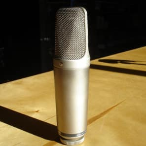 RODE NT1000 Large Diaphragm Cardioid Condenser Microphone