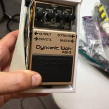 Boss  Aw3 dynamic wah pedal