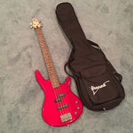 <p>Ibanez Soundgear Gio Bass 2005 Candy Apple Red</p>  for sale