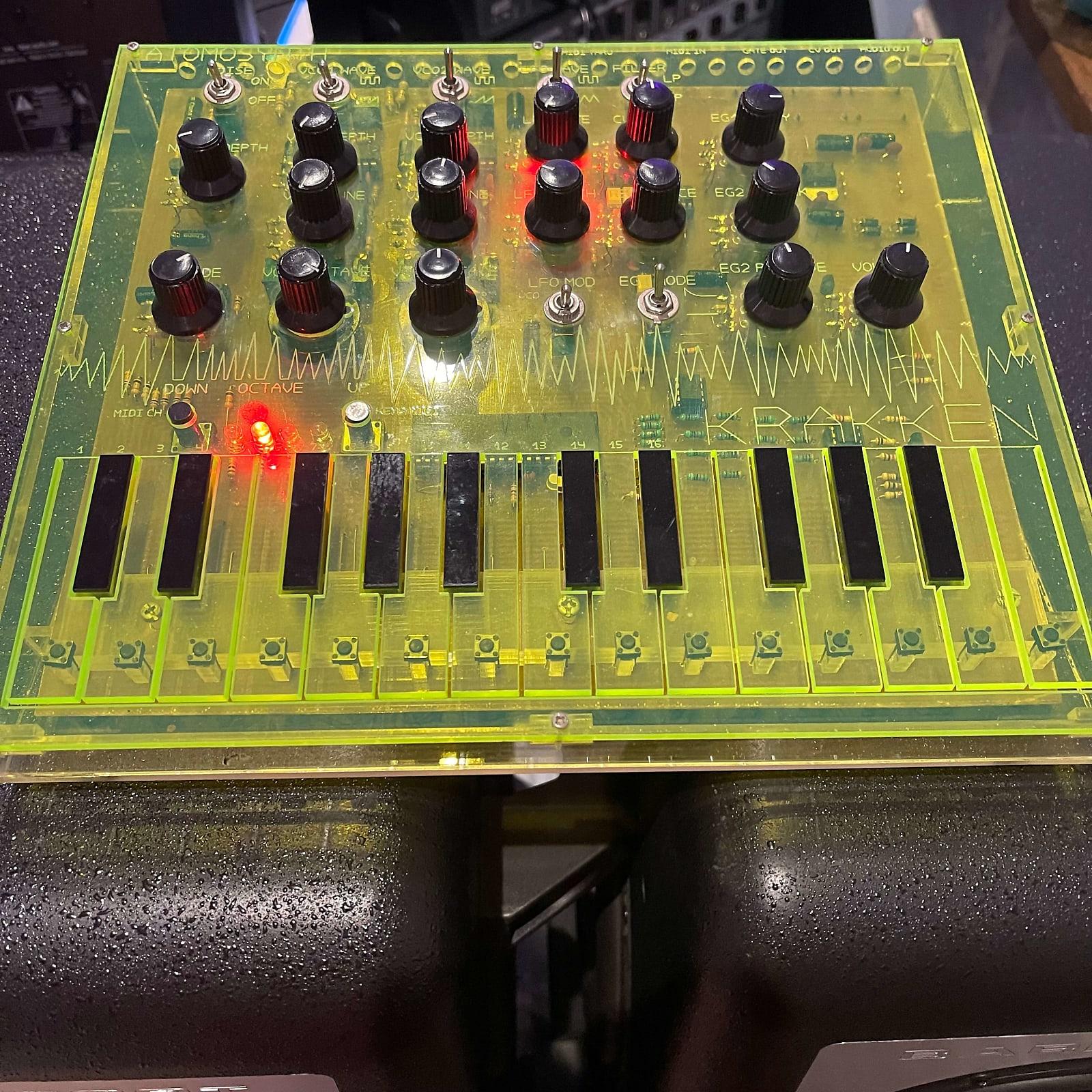 Atomosynth Krakken - Rare luminous green ltd edition