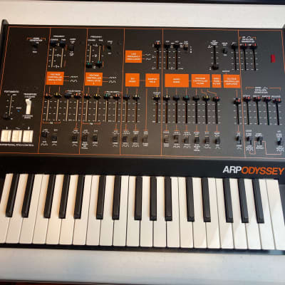 Korg ARP Odyssey Rev3 37-Slim Key Duophonic Analog Synthesizer