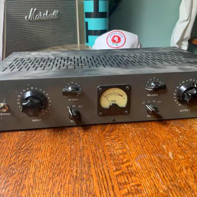 Blackspade Acoustics 176 Limiting Amplifier 2014