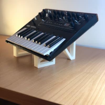3d Studio Furniture single stand Korg Monologue 2020 White
