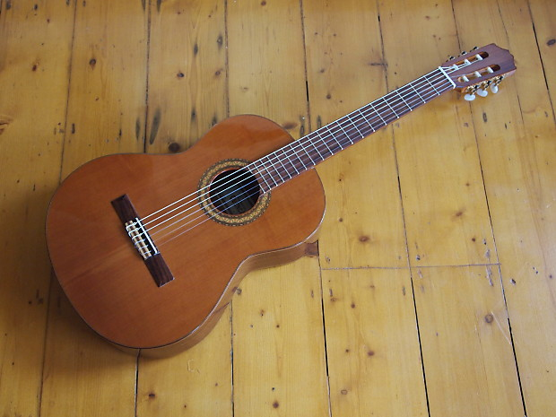 Cuenca 45 2006 Classical Guitar Hand Made In Spain Solid