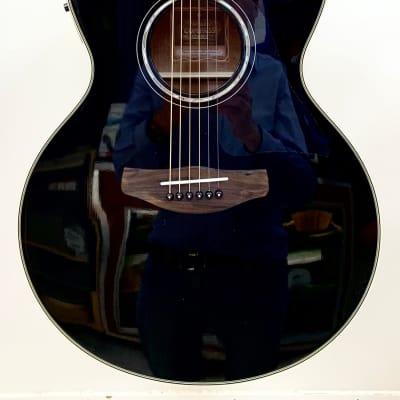 Magnifique Guitare Electro-Acoustique Yamaha Compass CPX700 Black Brillant for sale