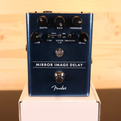 Fender Mirror Image Delay - Guitar Effect Pedal for sale