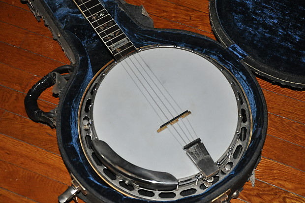 Dating a gibson banjo