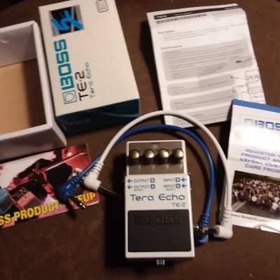 BOSS TE-2 Tera Echo Guitar Effects Pedal + 2 Cables with Box and Manual-More Than Just Delay/Reverb