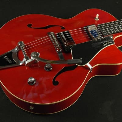 Godin Guitar 5th Avenue Uptown GT Red With Bigsby 035182 (653)