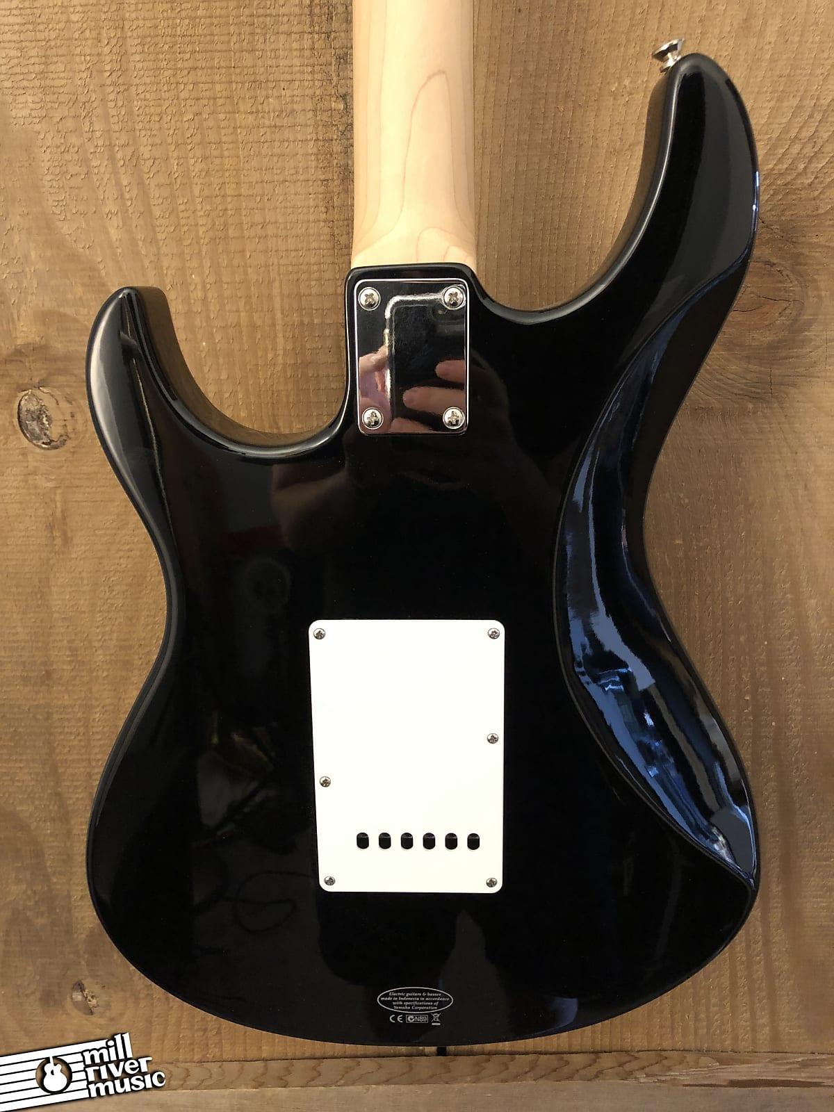Yamaha Pacifica PAC012 HSS Electric Guitar Black