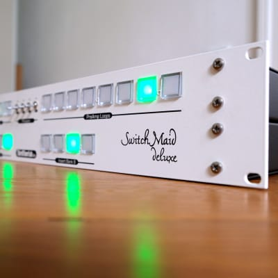 Switch Maid insert switcher / modular mic, pre & channel strip organizer – compare to Manley MicMAID