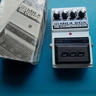 DOD Milk Box Compressor FX84 White 1990s