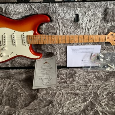Fender Yuriy Shishkov  American classic custom shop Stratocaster 2000 Sienna sunburst for sale