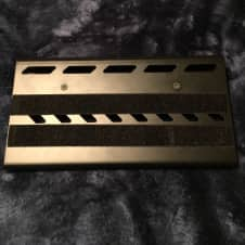 Gator Small aluminum pedal board w/soft case