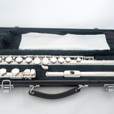 Yamaha YFL-225S II Silver-plated Student Flute *Made in Japan *Cleaned & Serviced