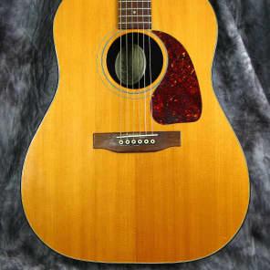 Gibson J25 Natural
