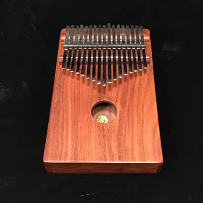 Mid-East mid east thmp large kalimba (thumb piano) W/ Spruce top