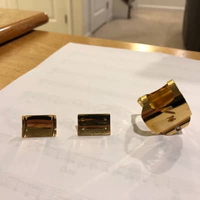 Vandoren Optimum V16 Ligature for metal tenor sax mouthpieces