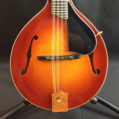 Kentucky KM-505 Artist Series A-Style Mandolin Amber Burst w/ Travel Case