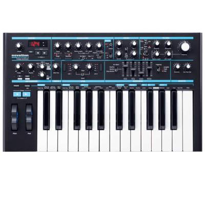 Novation BASS STATION II 25 Note Analogue Monosynth Keyboard Synthesizer