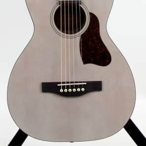 Store Demo | Art & Lutherie Roadhouse Parlor Acoustic-Electric Guitar | Faded Cream for sale