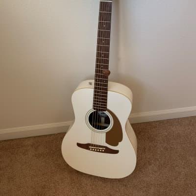 Fender California Series Malibu Player Acoustic-Electric Arctic Gold