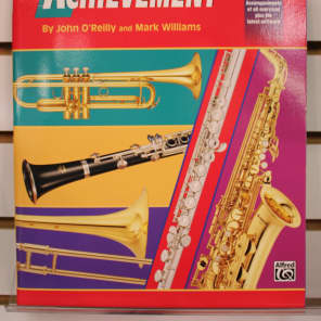 Alfred 00-18264 Accent on Achievement - B-flat Trumpet (Book 2)