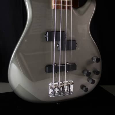 Fender Fender Zone P/J ---4 string active bass for sale