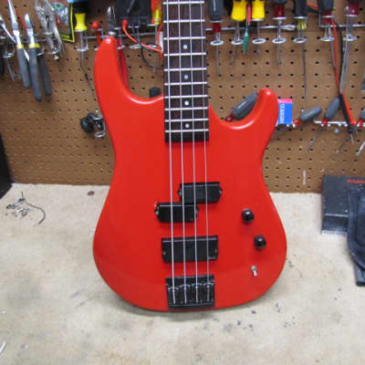 Hamer Chaparral  Bass 1991 Ferrari Red USA for sale
