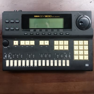 Yamaha Qy300 Music Sequencer