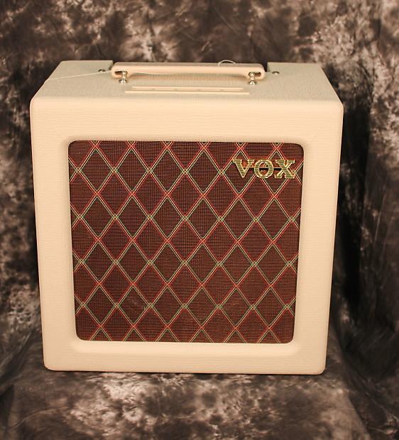 vox ac4tv 4w 1x10 tube guitar combo amp cream reverb. Black Bedroom Furniture Sets. Home Design Ideas