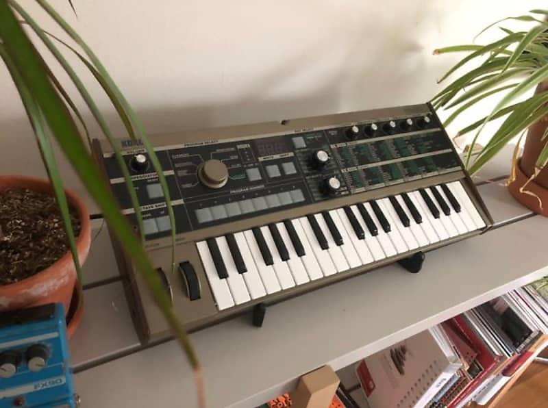 korg microkorg 37 key synthesizer vocoder complete reverb. Black Bedroom Furniture Sets. Home Design Ideas