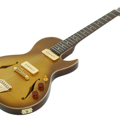B&G Little Sister Crossroads, 5A Flamed Maple, E-Gitarre, P-90, Honey Burst, Cutaway, ink. Gigbag for sale