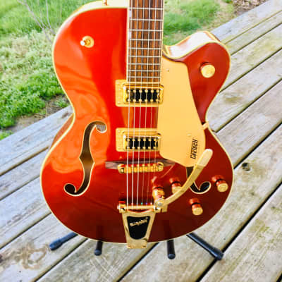 Rare Limited Edition Gretsch G5420-TG Candy apple red hollow body electric gold hardware