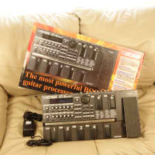 Boss GT-8 1990s Guitar Multi-Effects Processor Original Box and Power Supply