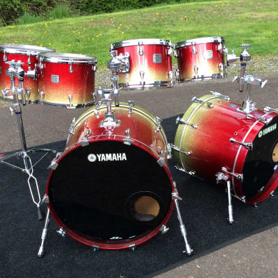Yamaha Birch Custom Absolute Nouveau Drum Set