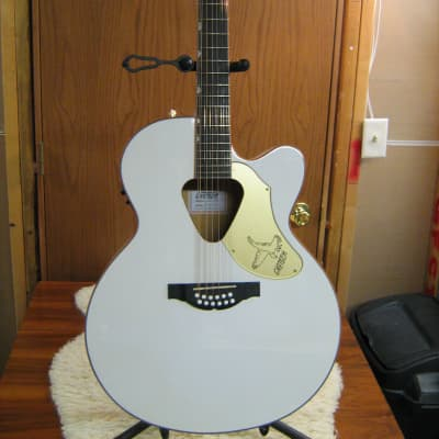 Gretsch G5022CWFE-12 White Falcon 12 String with OHSC