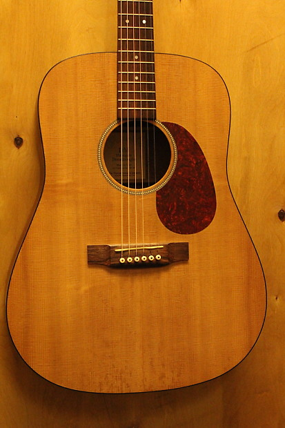 Mar 14,  · I sold a Martin DM last year for dollars and I had originally purchased it used for probably A DM is absolutely worth dollars everyday and all of them were sold with a hardshell case when new, so you should expect to get one.