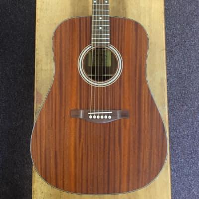 Eastman AC-DR2 Dreadnought Guitar W/Padded Gig Bag