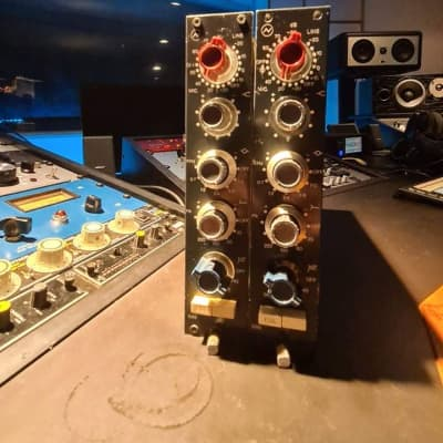 Neve 1066 Mic / Line Input Module Stereo Pair