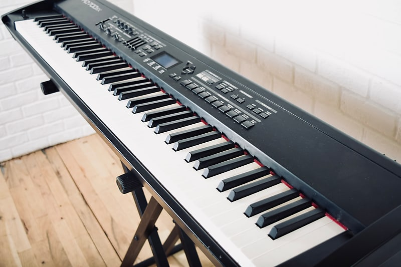 roland rd 700sx keyboard synthesizer near mint condition 88 reverb. Black Bedroom Furniture Sets. Home Design Ideas